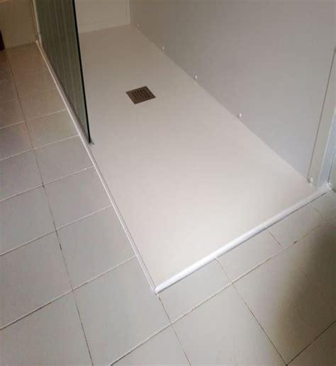 doccia a pavimento costi accessori doccia per disabili comorg net for