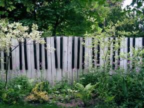 Cheap Wooden Trellis Panels 15 Creative And Inspiring Garden Fence Ideas Home And