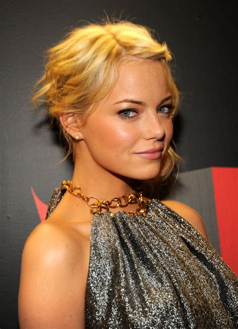 emma stone blonde emma stone with short blonde hair actors and actresses i