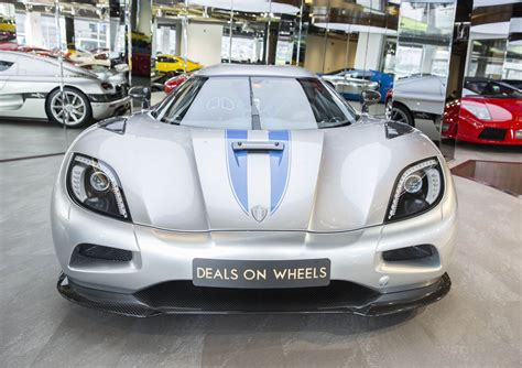 koenigsegg ferrari for 1 4 million would you have a koenigsegg agera or