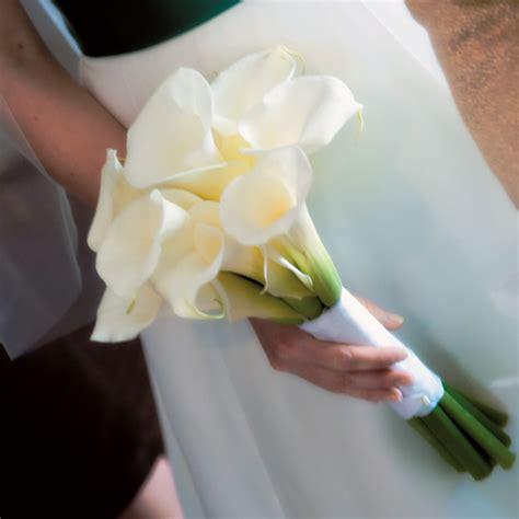 warm wedding with calla lily wedding fashion decor
