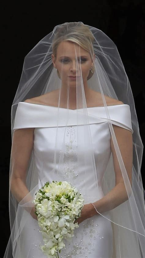 hochzeitskleid charlene von monaco monaco royal wedding princess charlene s fabulous wedding