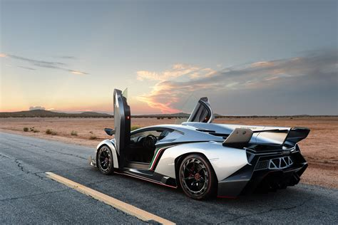 Coolest Lamborghini Best Lamborghini Veneno Wallpaper Hd Wallpaper Wallpaperlepi