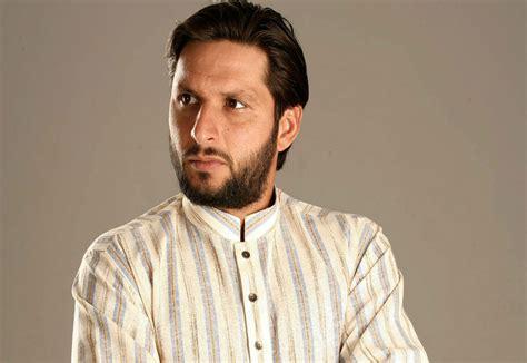 eid kurta designs  men  pakistani kurta collection