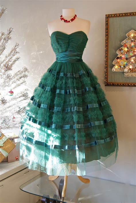 Vintage holiday dress inspiration litter and vintage