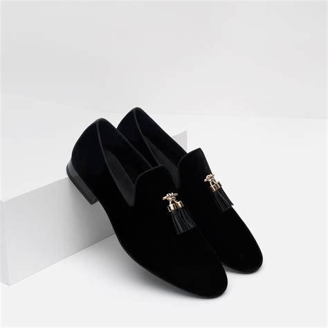Zara Tassel Original zara velvet loafers with tassels in black for lyst
