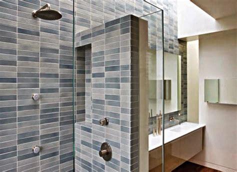 Keramik Panel Dinding Inserto 02 cara memperindah dinding keramik kamar mandi dengan motif unik desain rumah minimalis