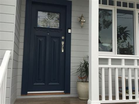 Dulux Front Door Paint 25 Best Ideas About Rendered Houses On Render Paint External Render And Exterior