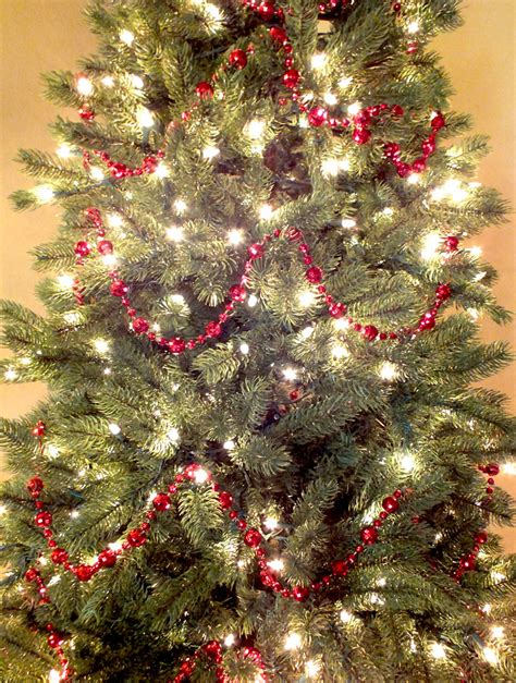 how to hang garland on christmas tree santa tree two