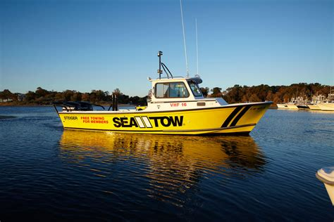 tow boat insurance top 10 holiday gifts for powerboaters boats