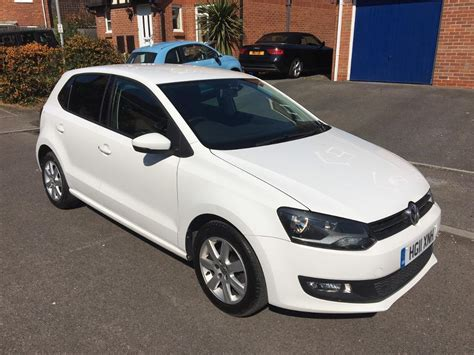 white volkswagen polo volkswagen polo match 5 door 1 4 white full vw history 1