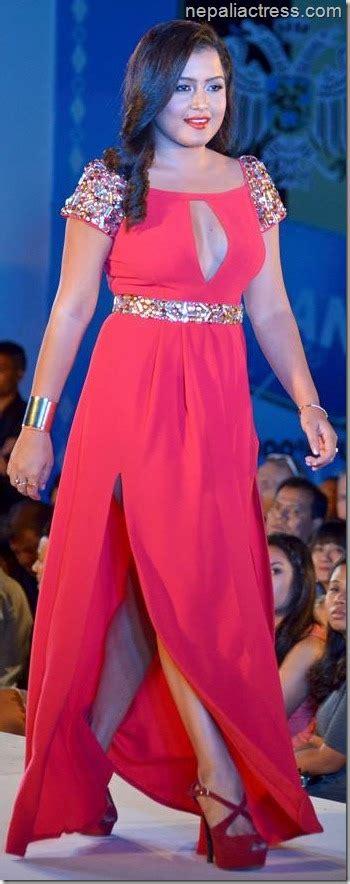 actress catwalk fashion show catwalks of rekha thapa nepali actress
