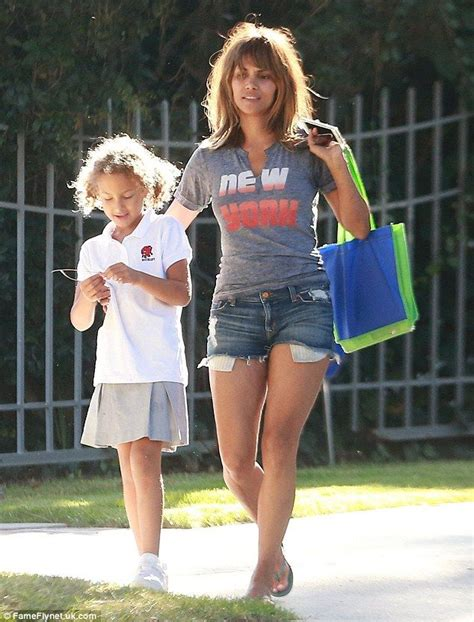 Halle Berry Warms Up by Make Up Free Halle Berry Parades Lean Legs On Sweet Outing