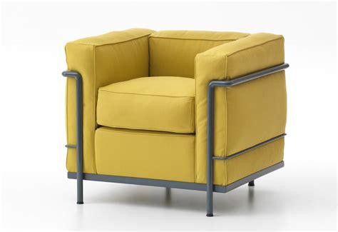 le corbusier armchair le corbusier lc7 swivel armchair cassina ambientedirectcom