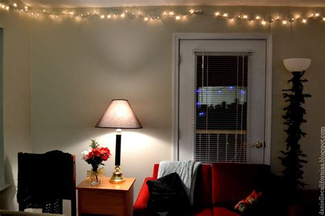 30 Ways To Create A Romantic Ambiance With String Lights String Of Lights For Room