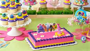 top things you need to throw the ultimate dreamworks trolls birthday party walmart com