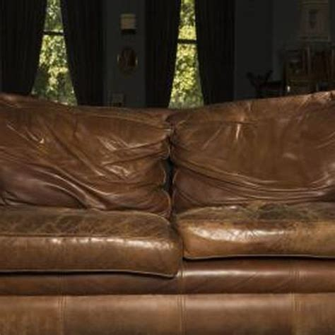 leather sofa cracking how to fix a dry cracked leather couch cats