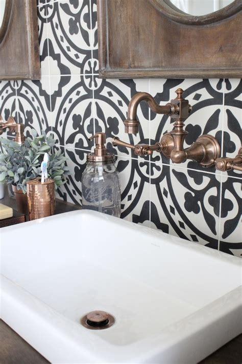 copper tiles bathroom 25 best ideas about black tile bathrooms on pinterest