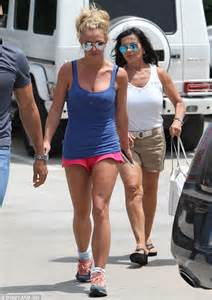 britney spears flaunts her lean bronzed legs with mom