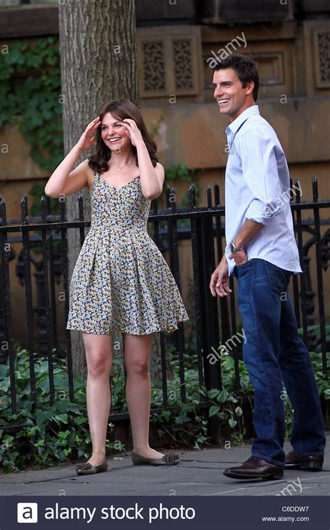 colin egglesfield woman ginnifer goodwin and colin egglesfield on the set of her