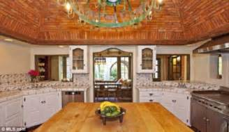 mels country kitchen mel gibson puts family malibu mansion on the market for