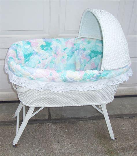 Wicker Basket Nursery Convertible Car Doll Bed Crib Cradle Wicker Baby Crib