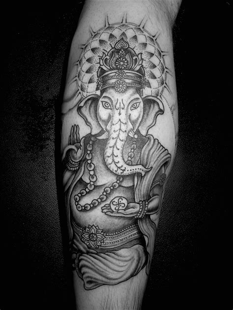 ganesha tattoo little 147 best ganesh tattoo images on pinterest ganesh tattoo