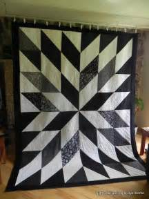 Black And White Quilt Owl Quilting Dye Works Black And White Hst Quilt