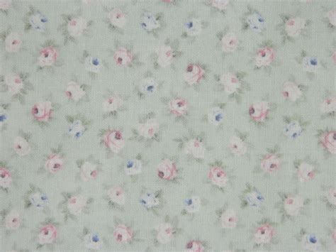 Patchwork Quilt Fabric - patchwork quilting sewing fabric rosebuds