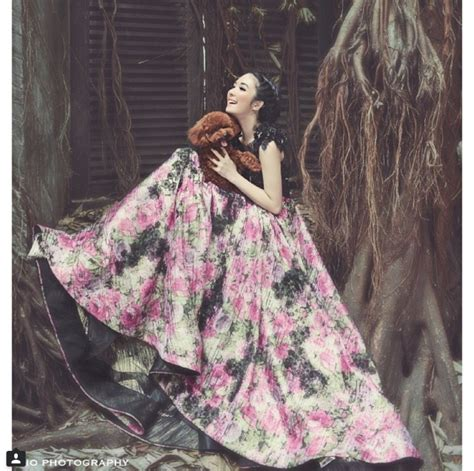 Makeup Ivan Gunawan the silence princess wedding dresses collection by