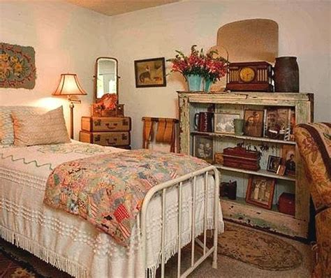1940 bedroom decorating ideas 17 best ideas about vintage style bedrooms on pinterest