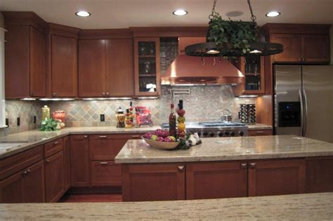timeless kitchen backsplash 1000 images about classic kitchen cabinets on