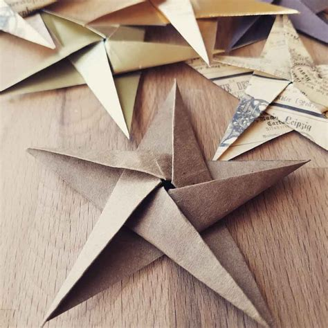 Folded Paper Ornament - diy ornaments origami mycraftchens