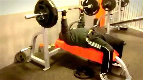 bench press on the floor 5a bench press 54 years close grip 265lbs 120kg