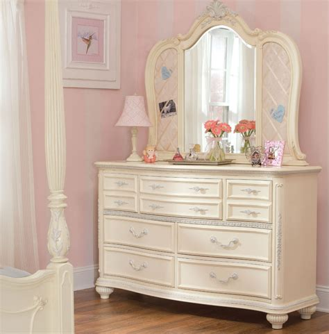 girls bedroom dresser 7 cute white dressers for girls room cute furniture