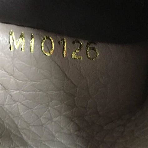 Lv Capucine Setcode 6683 louis vuitton capucines wallet leather at 1stdibs