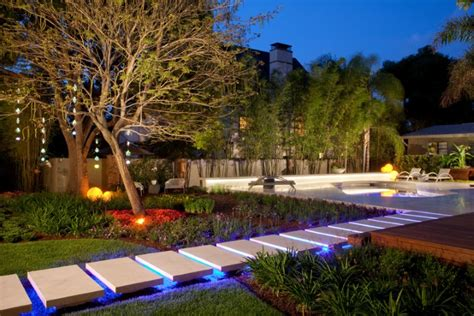 landscape lighting ideas walkways 20 awesome outdoor lighting ideas you might want to try hgnv