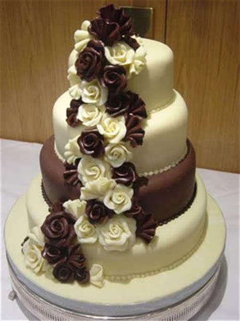 Hochzeitstorte Schokolade by Chocolate Wedding Cake Wedding Bells