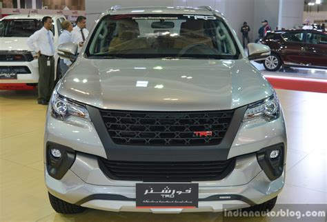 Karpet Fortuner Trd toyota fortuner spotted with trd parts in india