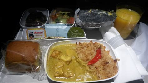 best airline reviews emirates customer reviews skytrax
