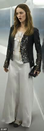 Catwalk To Carpet Paradis In Chanel by Paradis Vague Split Reports With Johnny Depp