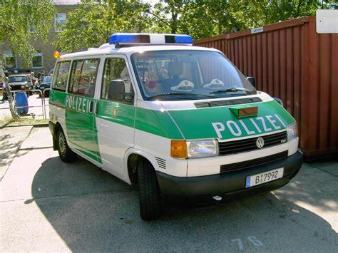 Bewerbungsfrist Landespolizei Berlin Vw Transporter Tdi T4 Der Berliner Polizei Gesehen Beim