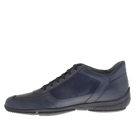 s casual laced shoe in blue suede and leather