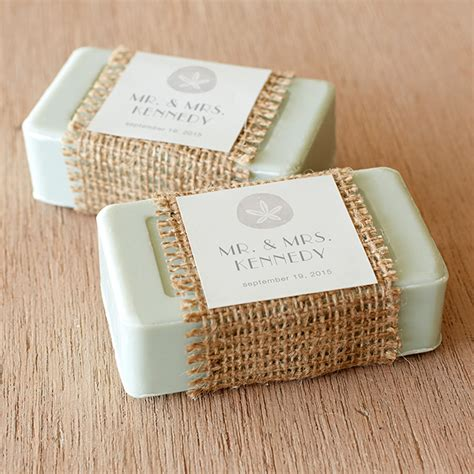 Wedding Gift Ideas For Guests by Wedding Favors Great 10 Wedding Guest Gift Memorable
