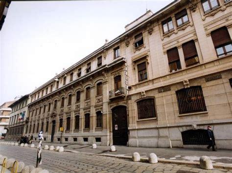 sede corriere della sera rcs il consiglio sull opa di bonomi 171 non concordata a