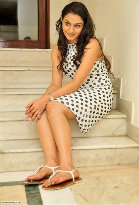 sri lankan actress feet wikifeet andrea jeremiah hotspicypics