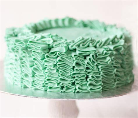 como decorar un bizcocho de chocolate c 243 mo decorar un pastel para principiantes parte i