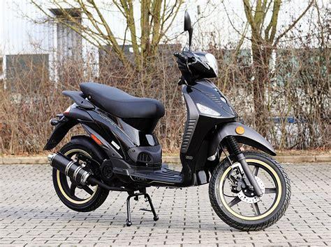 50ccm Motorr Der Gibt by 50ccm Roller Benero Copper 50 Black Edition Motorroller Mofa