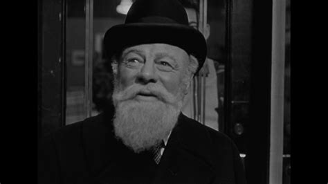 miracle on 34 street 25 days of christmas miracle on 34th street 1947