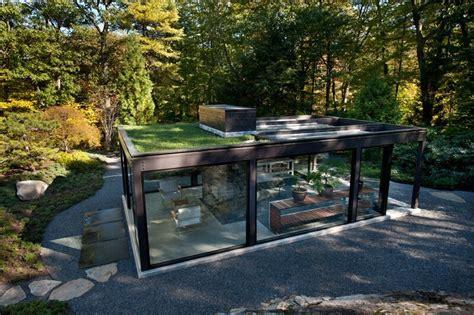 Mäuse Im Garten 1745 by Glass House In The Garden Is A Luxurious Place